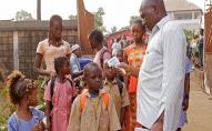 У Гвінеї почалася вакцинація від Еболи