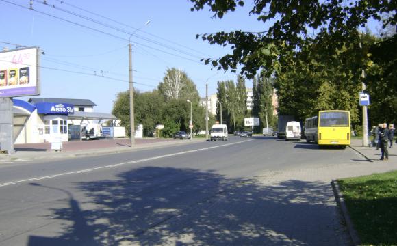 У Луцьку на переході авто збило жінку