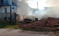 Пустощі з вогнем: діти випадково спалили два будинки і авто. ФОТО