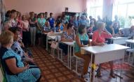 В Україні можуть відмінити старші класи та закрити сільські школи: люди обурені
