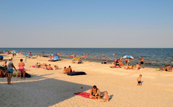 Популярна туристична країна відкрилася для відпочивальників: проте з обов'язковим карантином