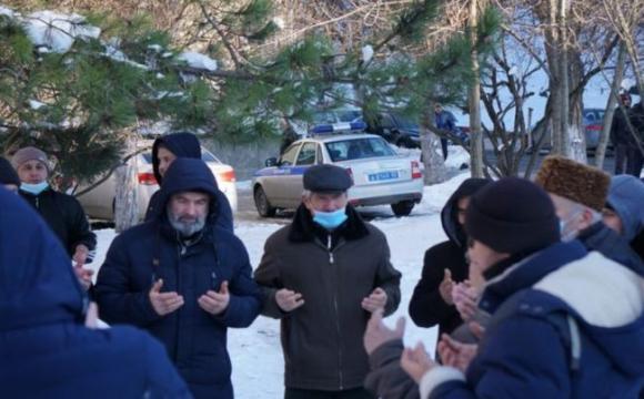 Затриманих у Криму активістів заарештували на два місяці