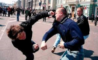 Двоє рідних братів побилися в Луцьку під відділком поліції
