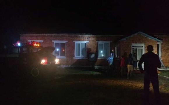 На Рівненщині у школу вдарила блискавка: гасили усю ніч. ФОТО