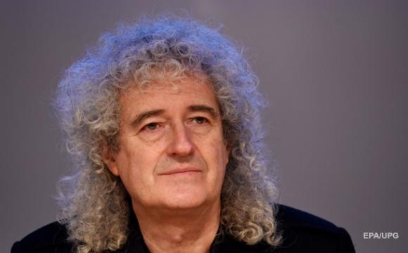 Гітарист Queen випустив парфуми із запахом борсука