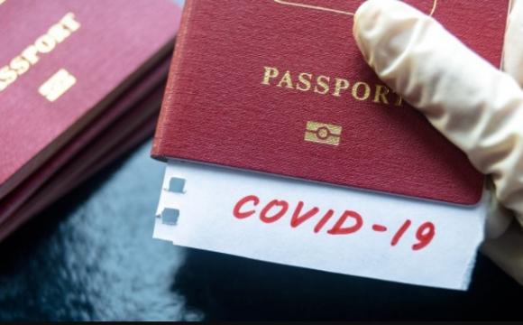 Перша країна ЄС оголосила про запуск COVID-паспортів
