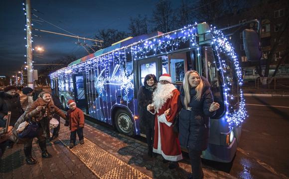 Повідомили, як буде їздити транспорт у Новорічну ніч