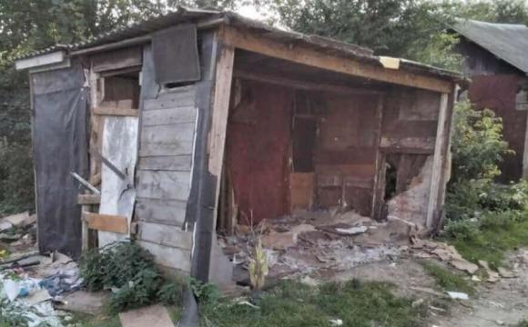 Без відповідних документів: на Волині демонтують господарські споруди