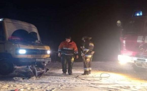 На Волині рятувальники діставали авто з-під кучугур снігу. ФОТО