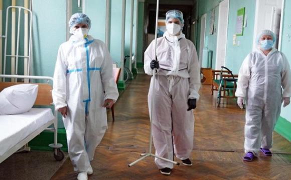 Лікарі-заробітчани: як Польща переманює медиків з України. ВІДЕО