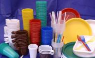 В Україні хочуть заборонити одноразовий пластик