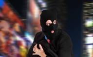 Передягнувся у жіночий одяг та спалив власний будинок: на Сумщині чоловік переховувався від поліції
