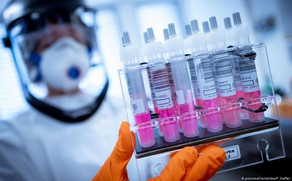 Чим тест на антитіла відрізняється від діагностичних тестів на COVID-19