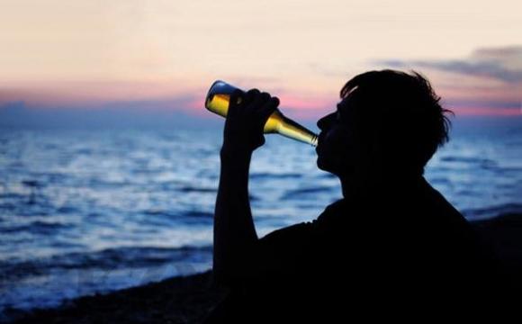 Українці через алкоголь б'ють смертельні рекорди на воді