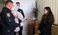 У Львові школярка затримала грабіжника