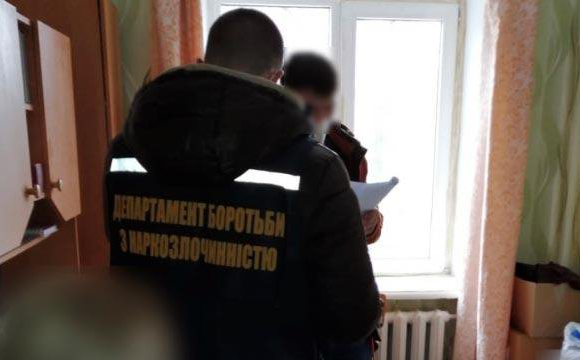 Пенсія по-українськи: 73-річна бабуся продала наркотиків майже на 660 тис грн. ФОТО