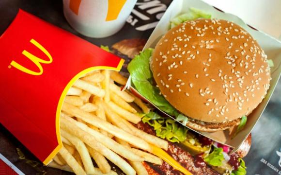 «Місяць ніхто не витримав»: лучани скаржаться на шкоду їжі з «МакДональдсу»