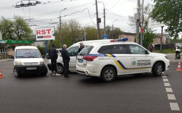 Аварія на перехресті у Луцьку. ВІДЕО