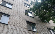З вікна третього поверху випала 5-річна дівчинка