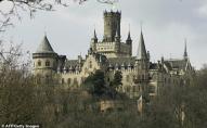 Син, потай від батька, продав родовий замок за 1 євро