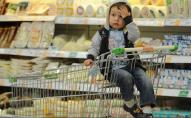 Продукти, одяг та кіно: в Україні знову зросли ціни