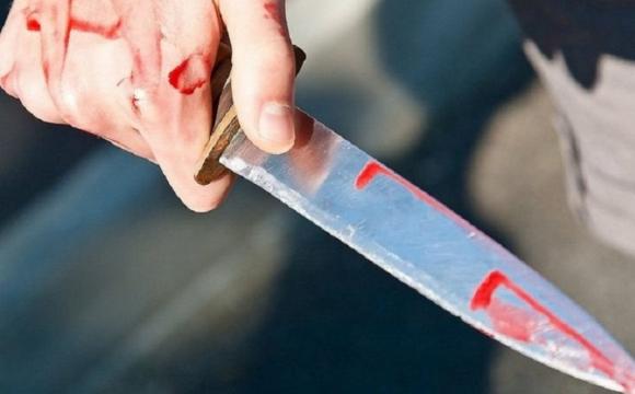 На Волині пенсіонер з ножем напав на поліцейського