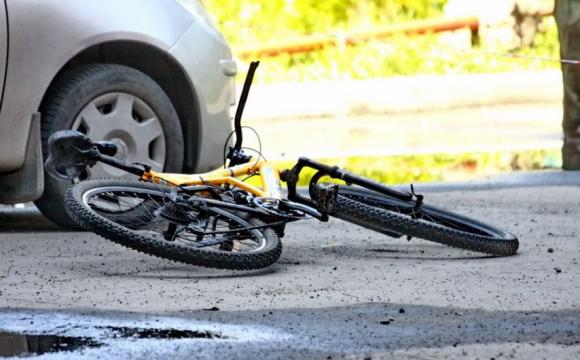 У Ківерцях автомобіль збив 8-річного велосипедиста: стан дитини важкий