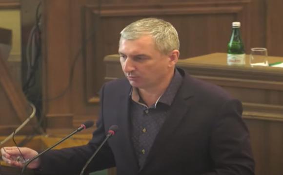Волинська облрада пропонує звільнити начальника управління у справах молоді та спорту