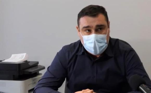 «Я боюсь за те, що ми тих масок не знімемо ніколи», – луцький лікар про пандемію. ВІДЕО