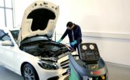 Як самостійно заправити кондиціонер в машині
