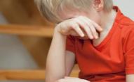 «Головою постукай»: у міському дитсадку вихователька знущалася з хлопчика. АУДІО 18+