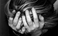 Жінка залишила у холоді й бруді 12-місячну доньку і зникла. ФОТО
