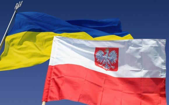 Скільки українців переїхали до Польщі за останній рік