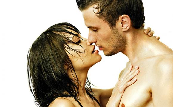 Секс по дружбі: що це для чоловіків та жінок