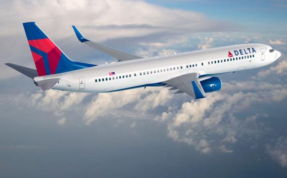 Авіакомпанія скасувала близько 100 рейсів через брак персоналу