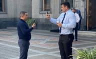 Коли Киви мало: Микола Тищенко в їдальні побився з колегою по фракції. ВІДЕО