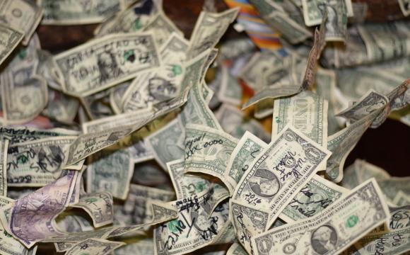 Як купувати долари: нові правила та заборони