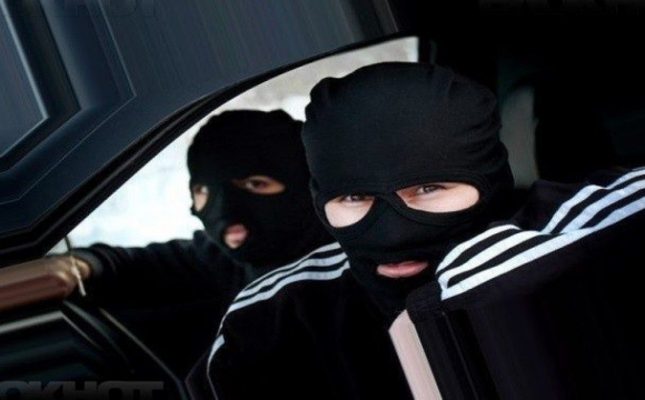 Телефонні шахраї видурили у волинян десятки тисяч гривень
