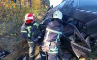 На Волині зіткнулися легковики та мікроавтобус: потерпілих діставали рятувальники. ФОТО