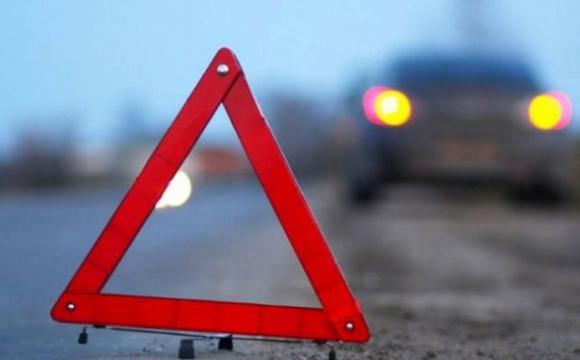 У селі неподалік Луцька сталася ДТП, водія діставали рятувальники