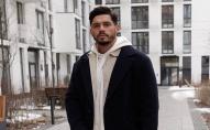 Український ведучий несподівано залишив російське шоу «Холостяк»