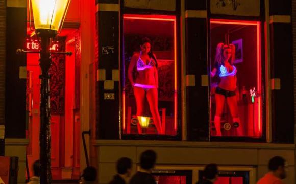 В Амстердамі закривають квартал «червоних ліхтарів»