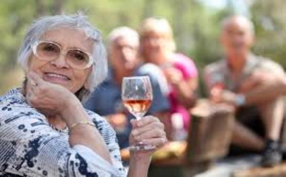 Сир та вино допоможуть... зберегти ясний розум у старості
