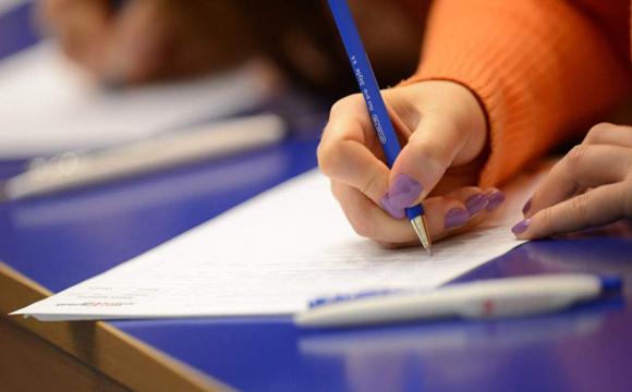 Школярі перекладали передсмертну записку на державному іспиті
