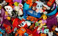 Майже половина дитячих іграшок куплених у інтернеті - небезпечні для дітей