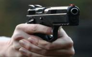 На Волині розбійник вломився в чуже житло і погрожував господині пістолетом