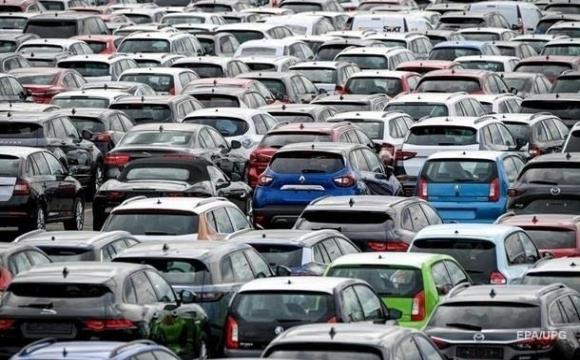 В Україні викрили податкову схему на імпорті авто на 2 млрд