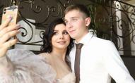35-річна блогерка вийшла заміж за пасинка та народила від нього дитину. ФОТО