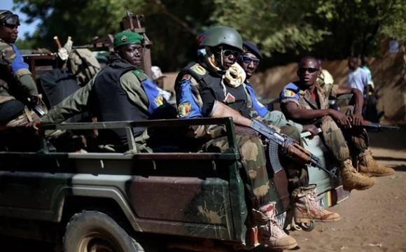 В африканській країні обезголовили 12 білих іноземців