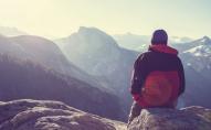 Чоловік вижив після падіння з 300-метрової висоти